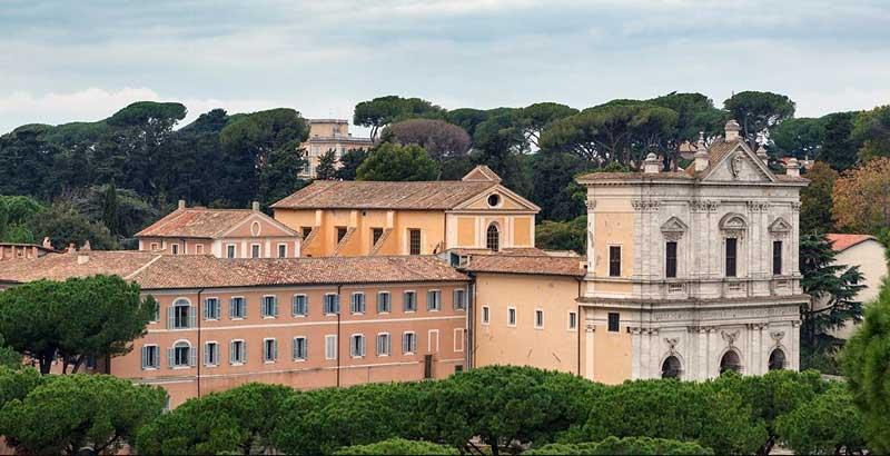 Alojarse en conventos en Roma