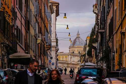 Alojarse en Roma en la zona Monti