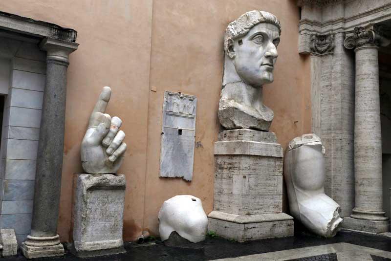 Escultura colosal de Constantino